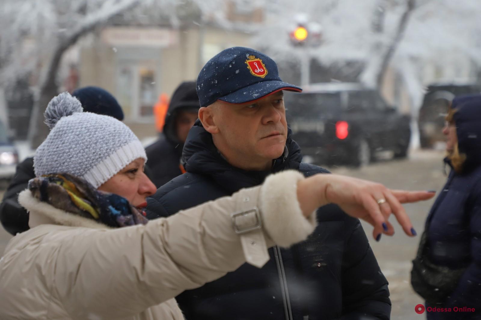 Мэр Одессы Геннадий Труханов провел выездное совещание по вопросам ликвидации последствий непогоды