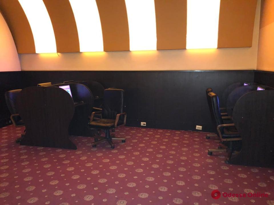 На Греческой «накрыли» подпольное казино