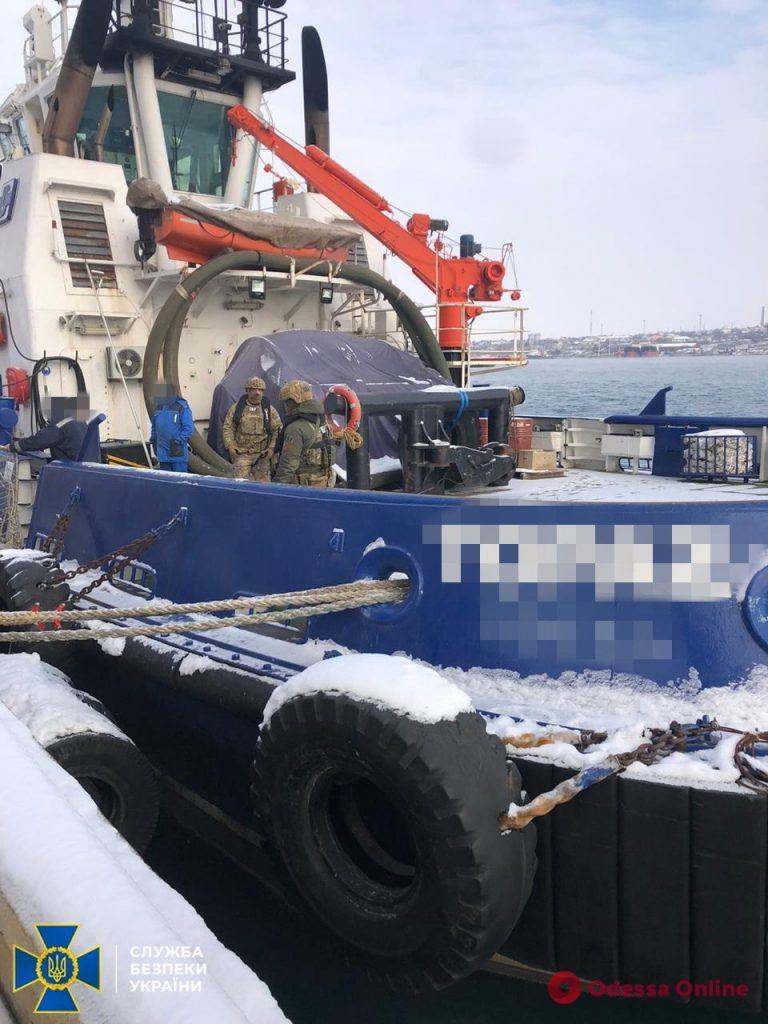 В Одессе СБУ блокировала схему незаконной переправки украинских моряков в аннексированный Крым