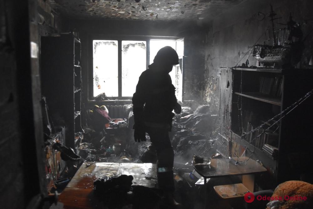 В Одессе при пожарах погибли двое мужчин