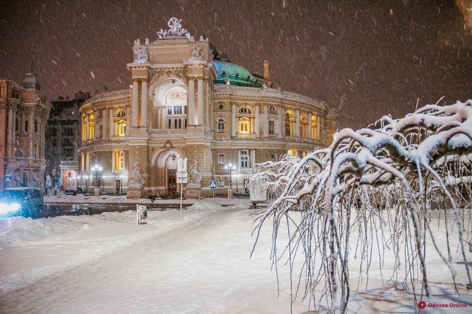 Вечерняя заснеженная Одесса (фоторепортаж)
