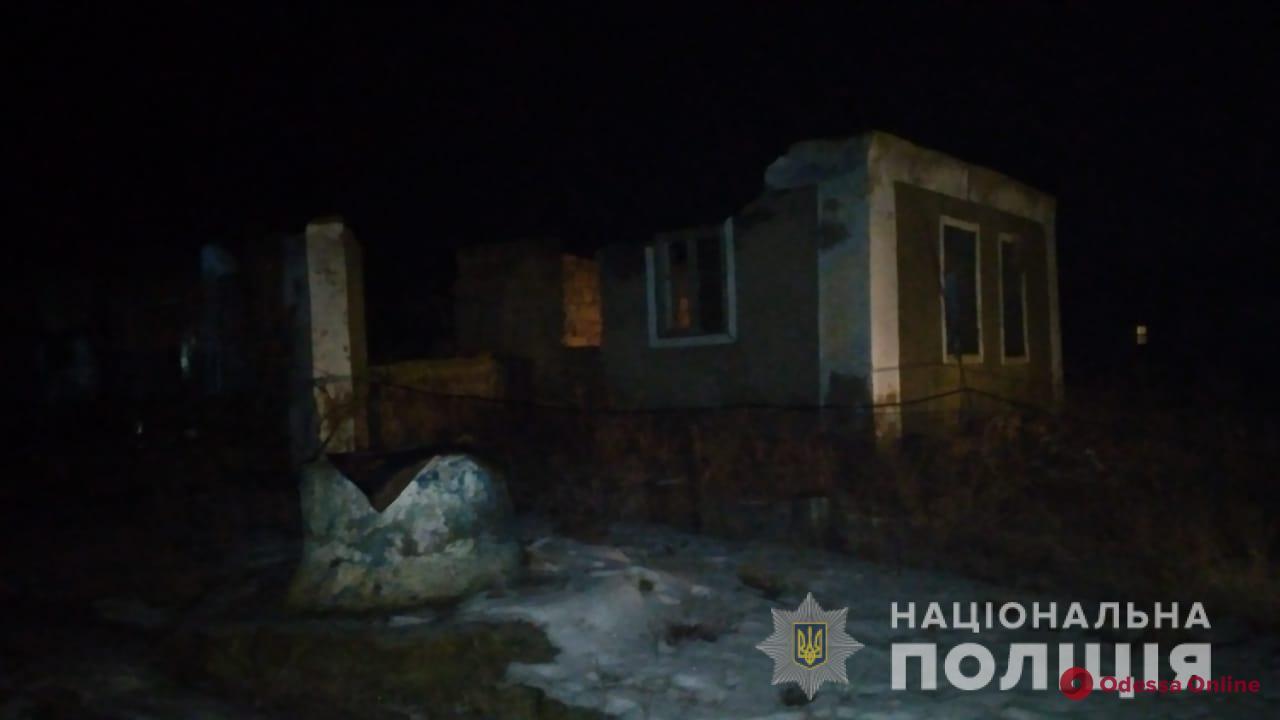 Под Одессой на пепелище сгоревшей дворовой пристройки нашли труп (обновлено)
