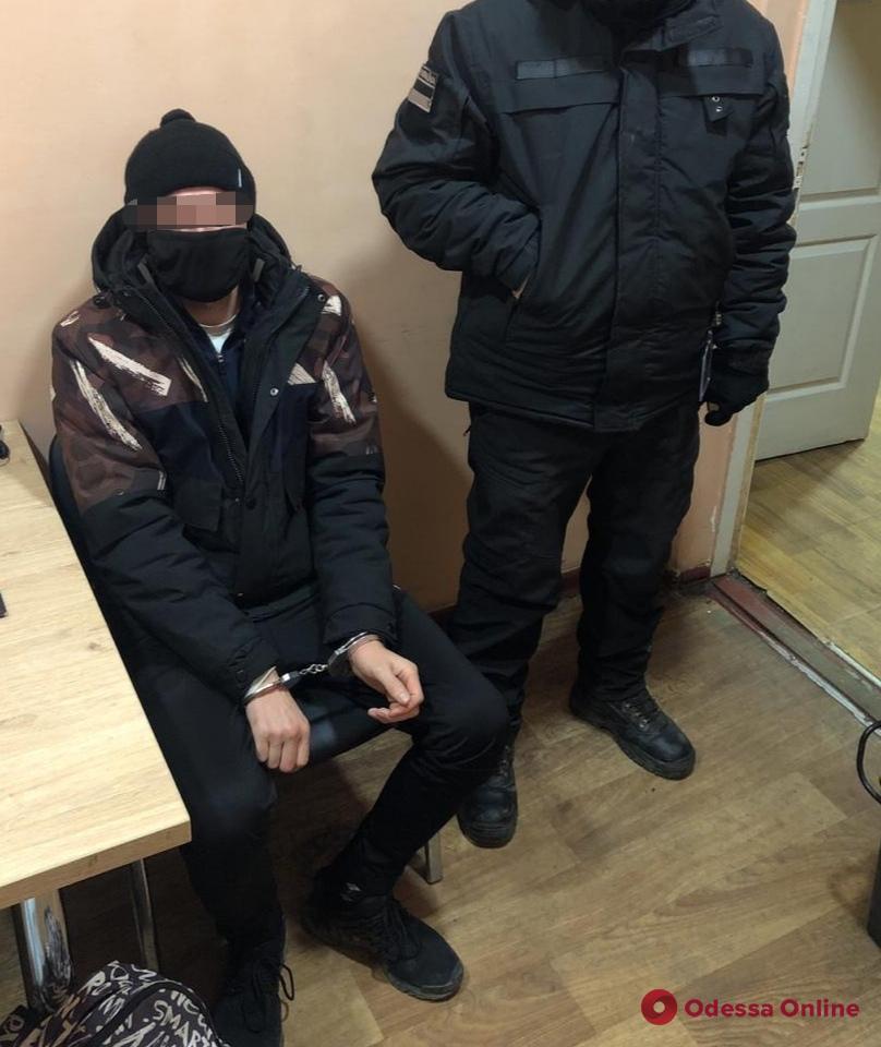 В Одесской области пограничники задержали молдаванина, которого разыскивал Интерпол