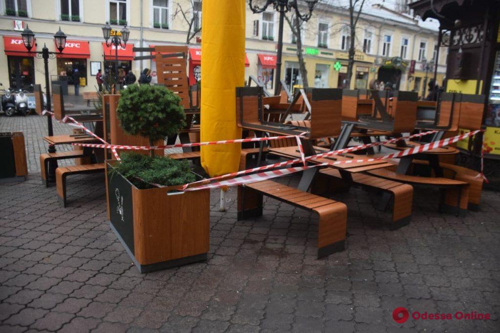 Как в Одессе проходит первый день локдауна (большой фоторепортаж)