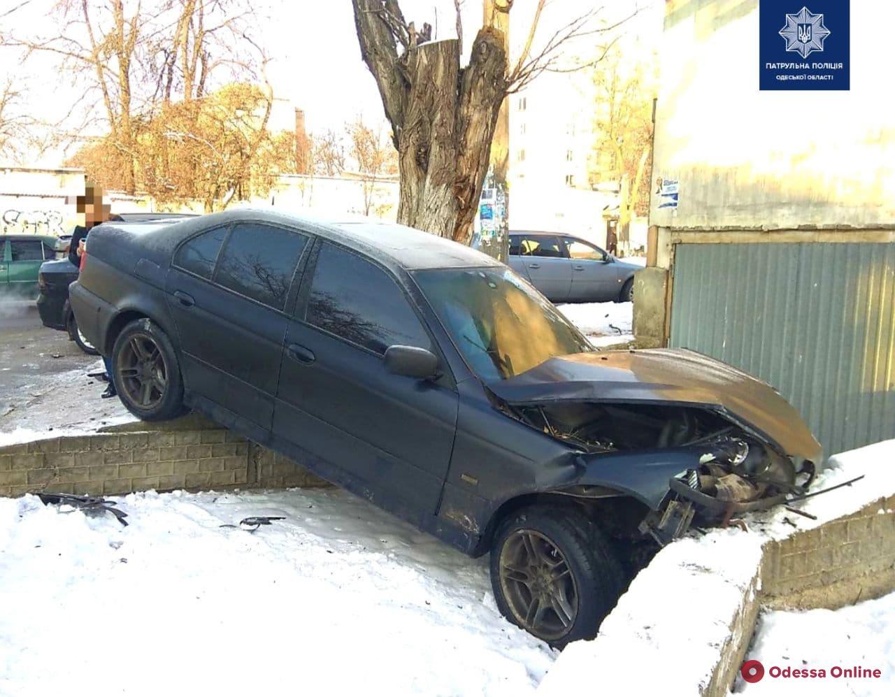 На Слободке столкнулись Chevrolet и BMW