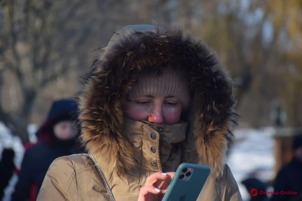 -13°C за окном: погода напомнила одесситам о скором Крещении (фото)