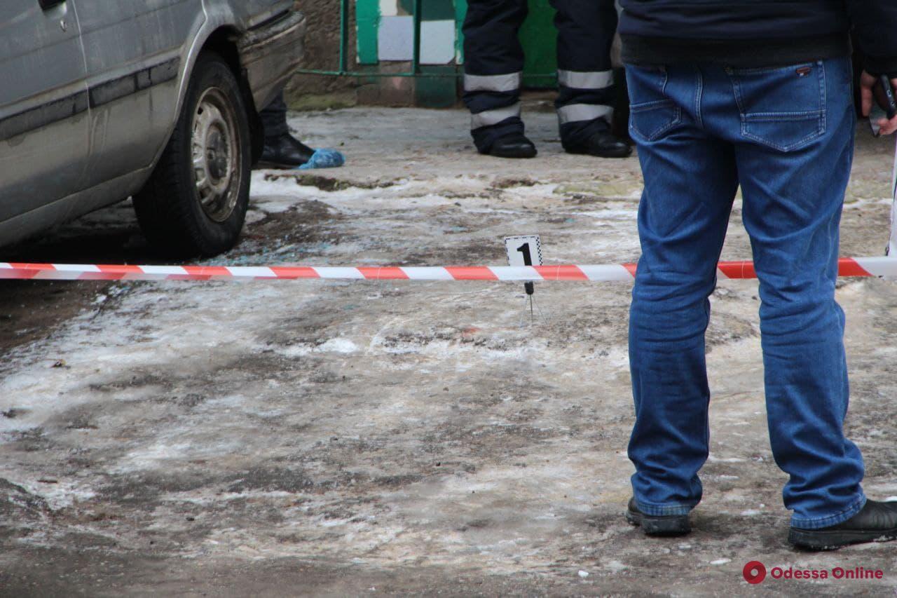 Отрубил отцу голову и зарезал знакомого: убийцу с Таирова перевели из СИЗО в психиатрическую больницу