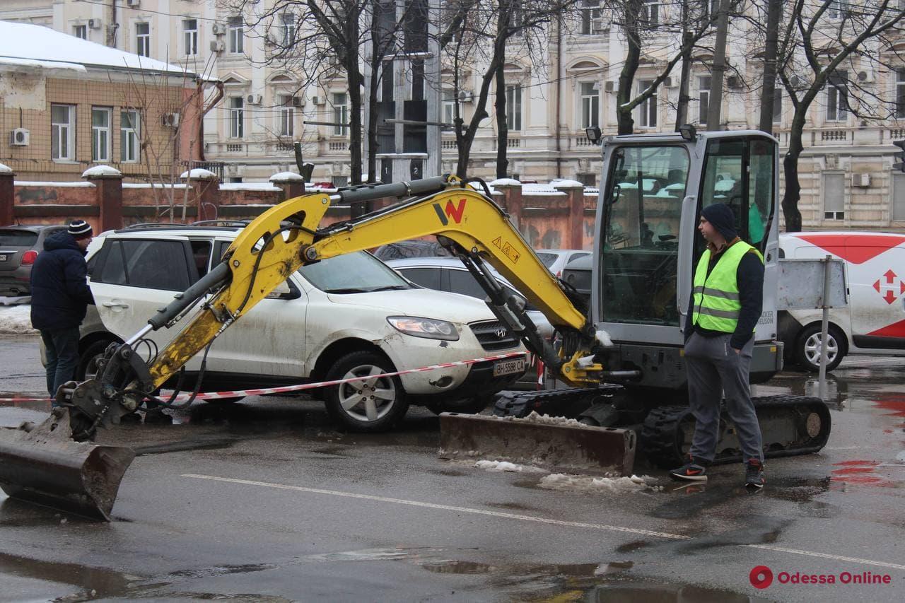 В Одессе начали второй этап капремонта Новощепного ряда (фото)