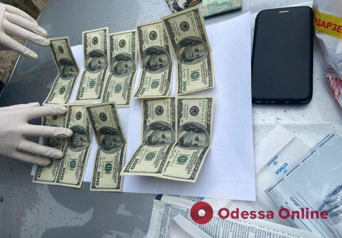 В Одессе чиновника Малиновской райадминистрации поймали на взятке
