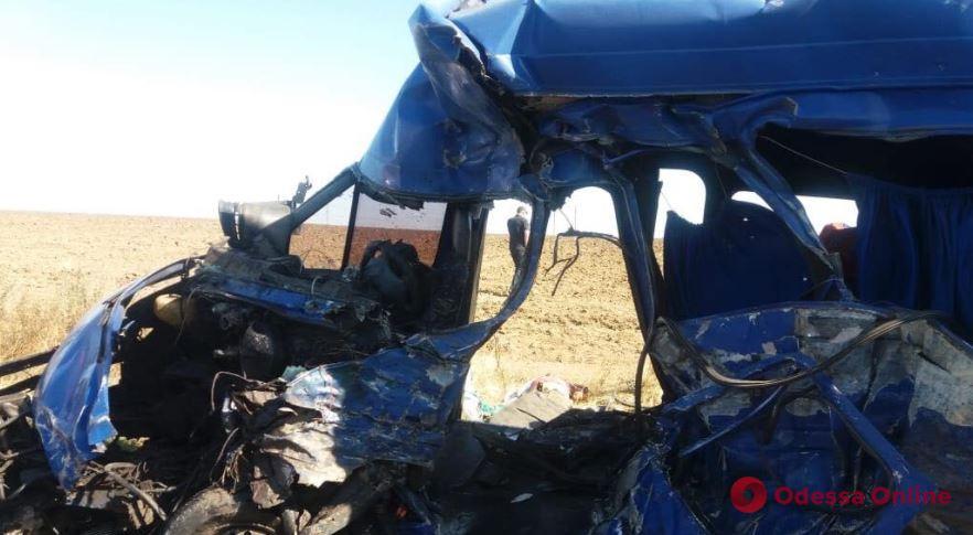 Погибли девять человек: водителю фуры, который врезался в маршрутку под Одессой, дали десять лет тюрьмы