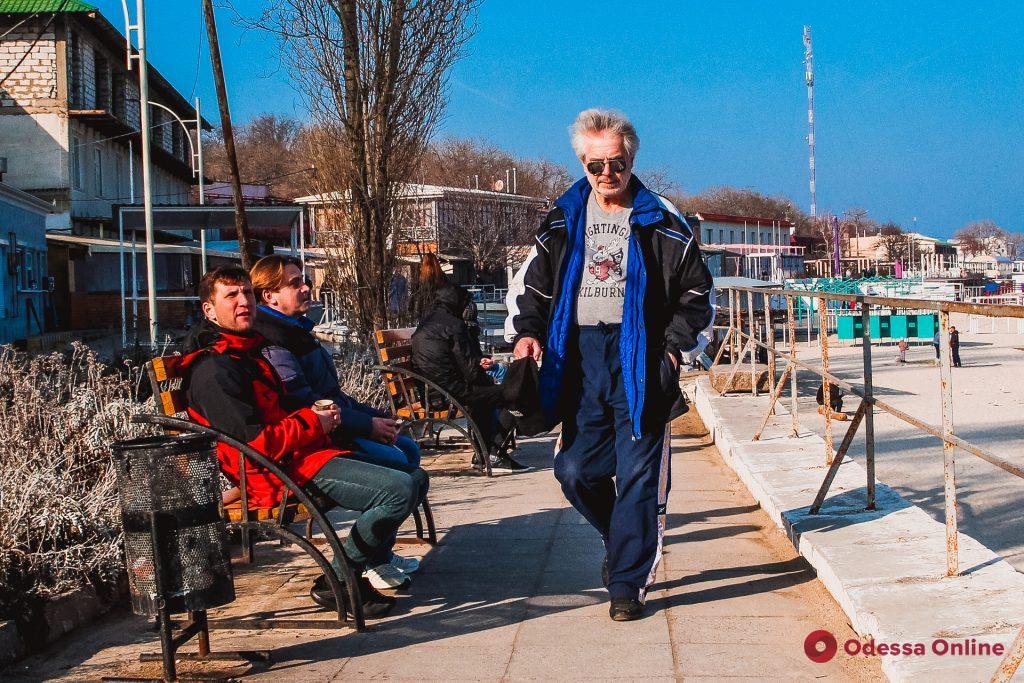 Февральская оттепель в одесской «Отраде» (фоторепортаж)
