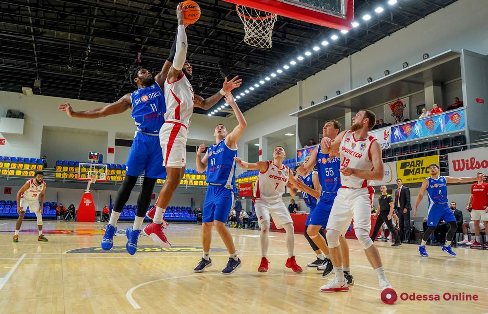 Баскетбол: «Одесса» без шансов проиграла «Прометею»