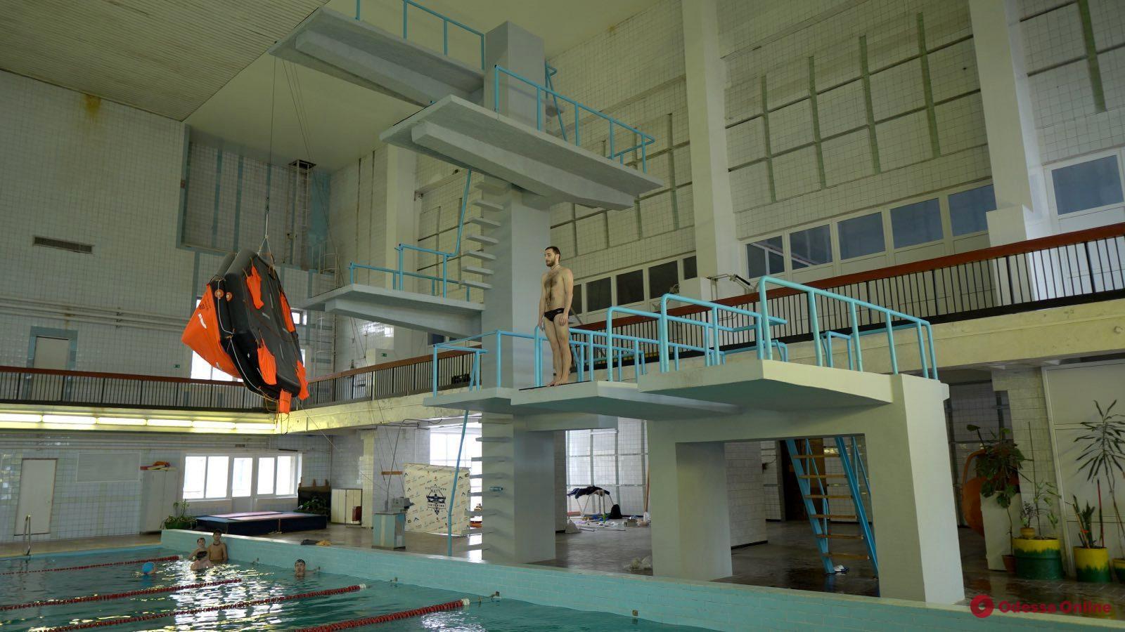 В Одессе появилась школа по прыжкам в воду