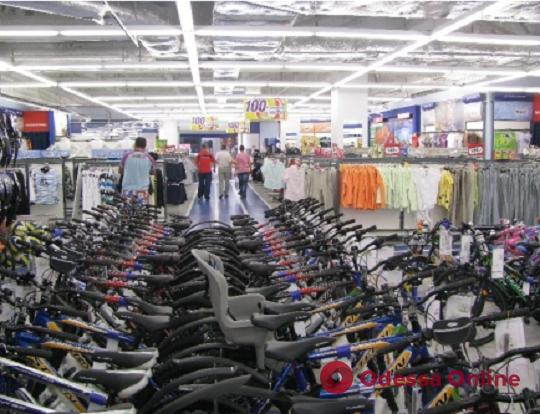 В Одессе два крупных магазина спортивных товаров попали под санкции СНБО