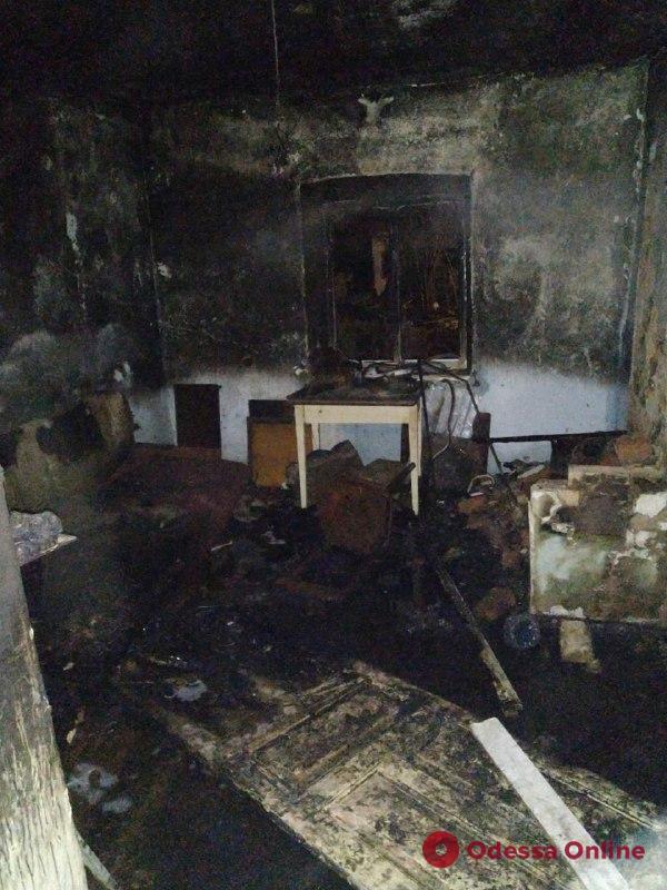 Под Одессой горел частный дом – хозяин с ожогами в больнице