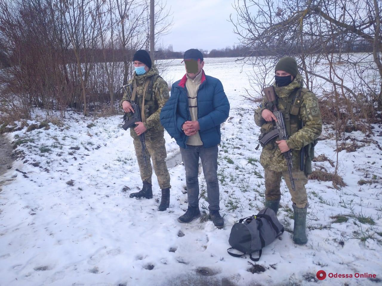 Депортированный из Австрии житель Одесской области пытался пересечь госграницу в обход
