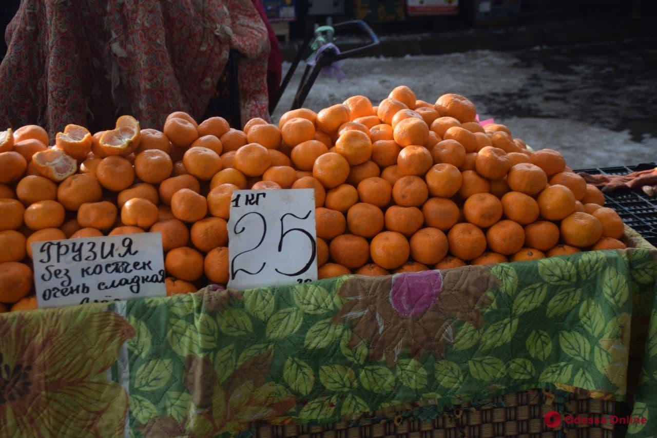 Мандарины, сметана и болгарский перец: воскресные цены на одесском «Привозе»