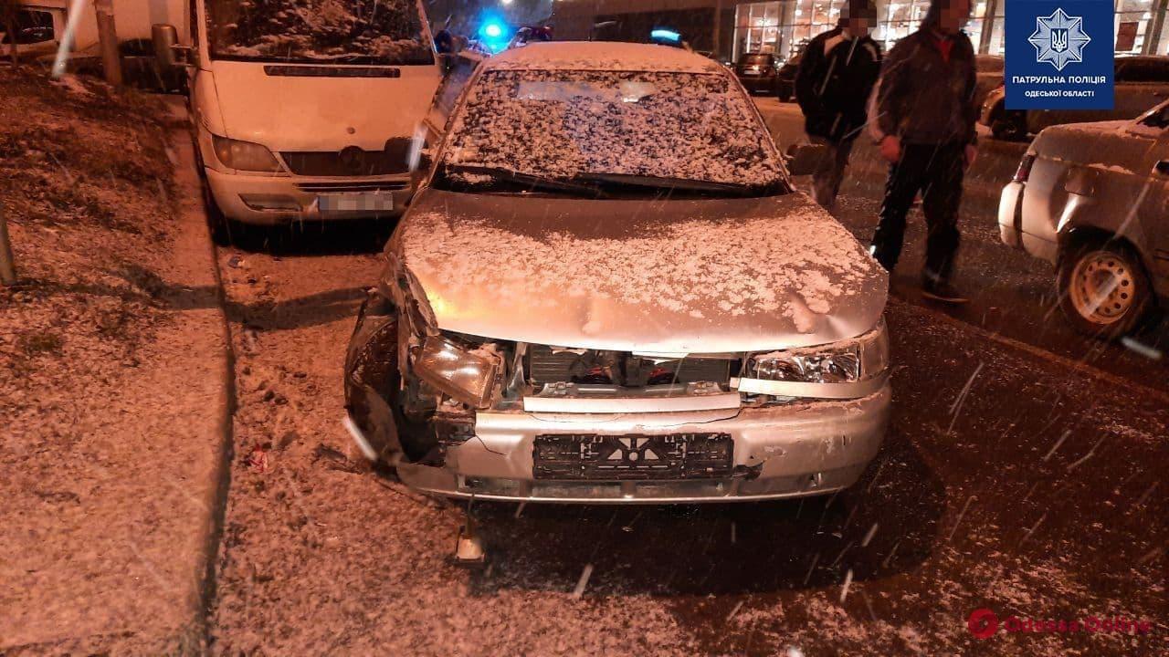 Разбиты четыре авто: на Сахарова из-за пьяного водителя произошло крупное ДТП
