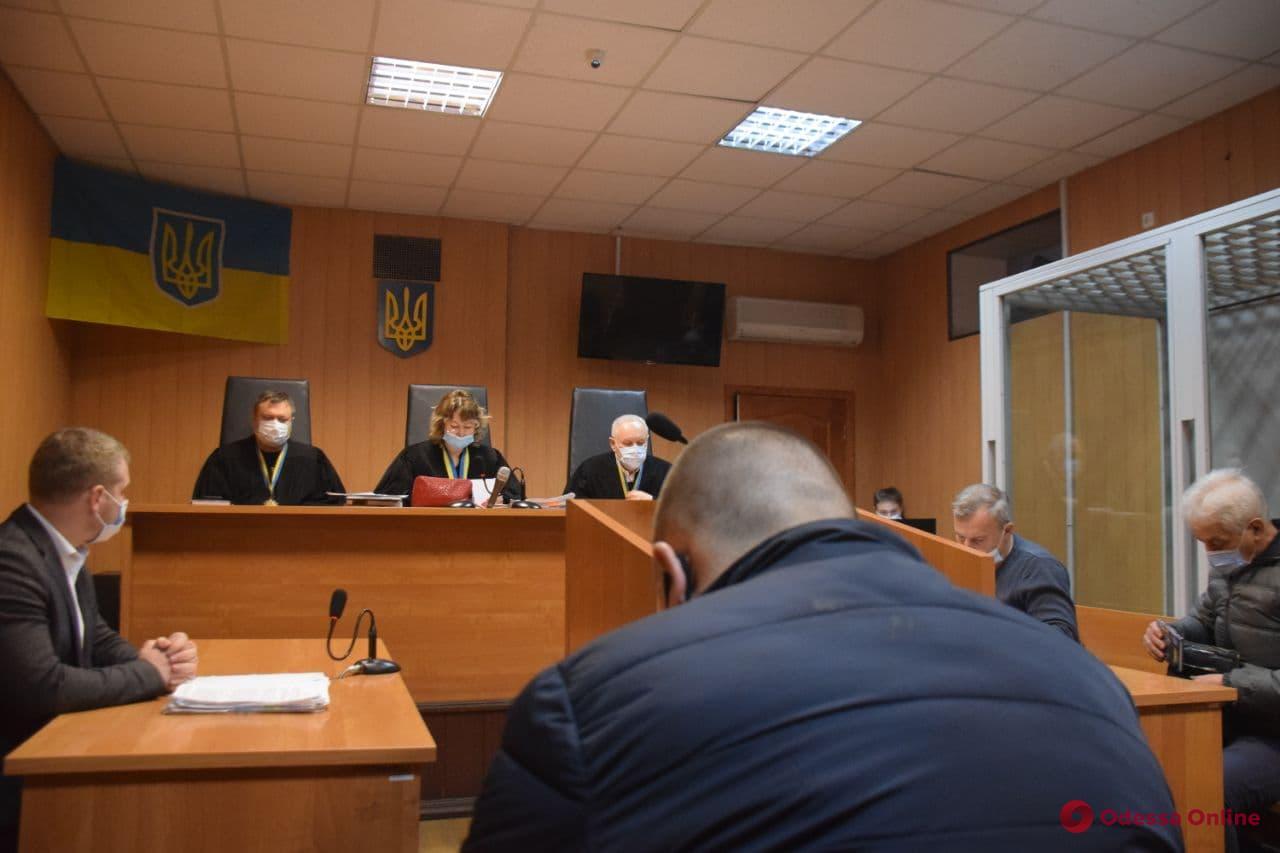 Дело Лащенко: обвиняемого оставили в СИЗО, а заседание в который раз перенесли
