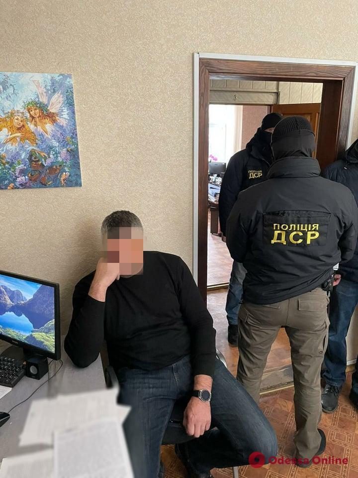 В Одессе поймали на взятке чиновника Госпродпотребслужбы