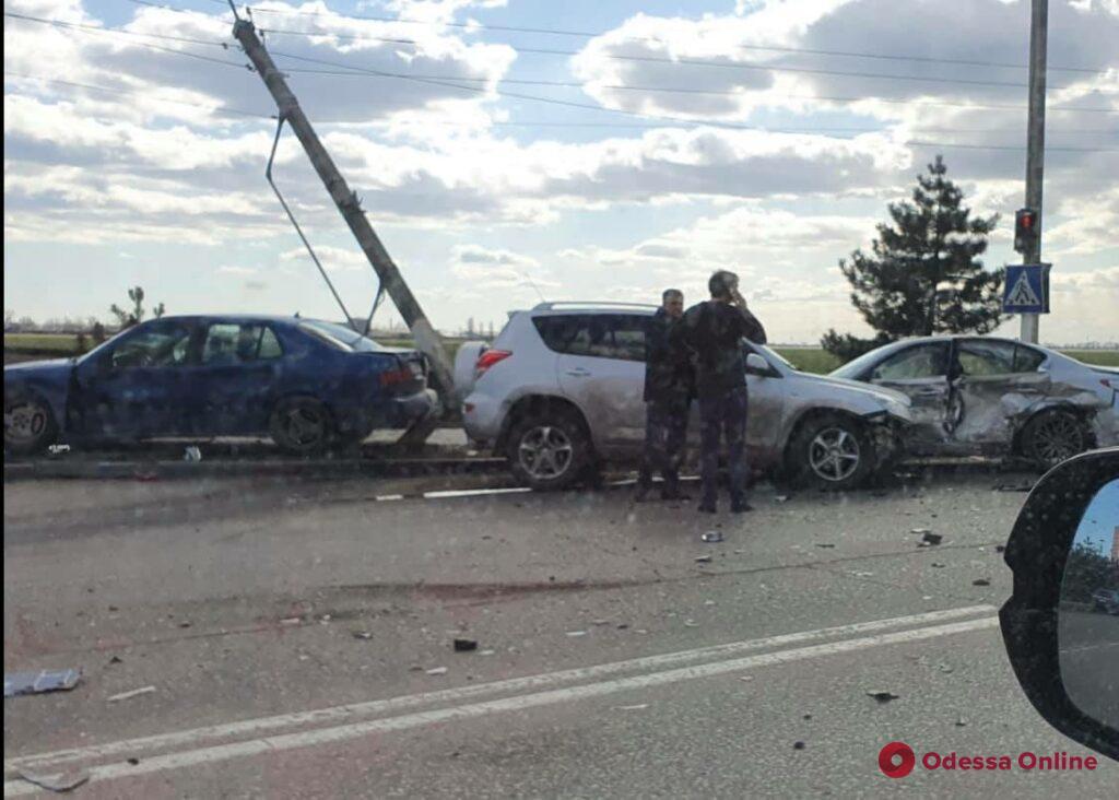 В Черноморске произошло ДТП с участием трех автомобилей