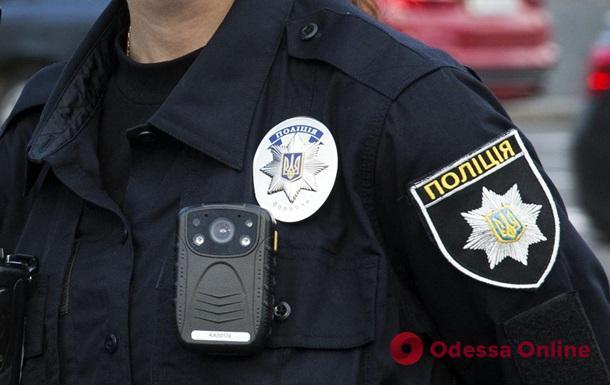 В Одессе пьяный водитель чуть не сбил двух человек и предлагал взятку патрульным