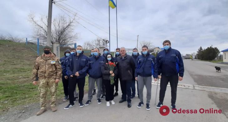 Спасенные моряки с затонувшего у берегов Румынии сухогруза вернулись в Украину