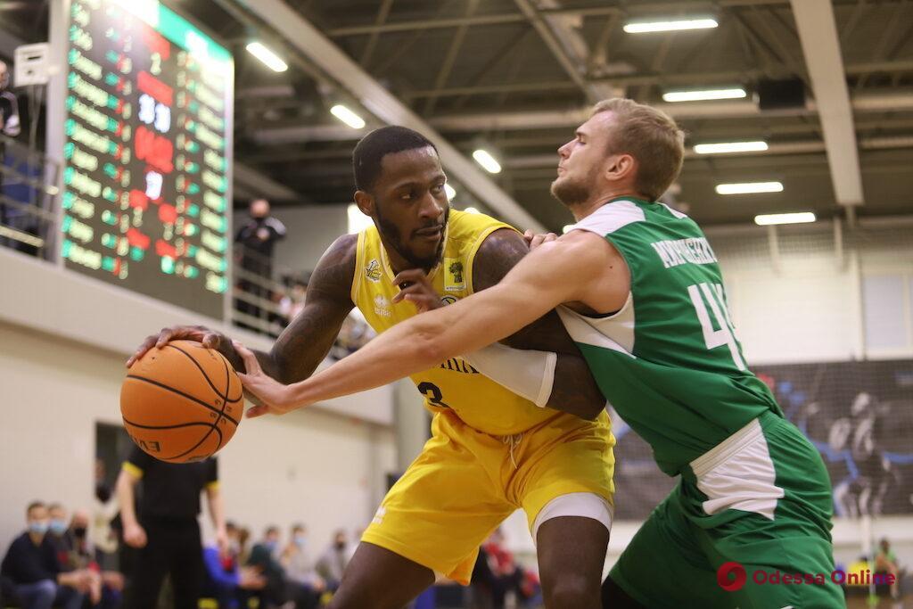 Баскетбол: «Одесса» и «Химик» снова синхронно проиграли в Суперлиге