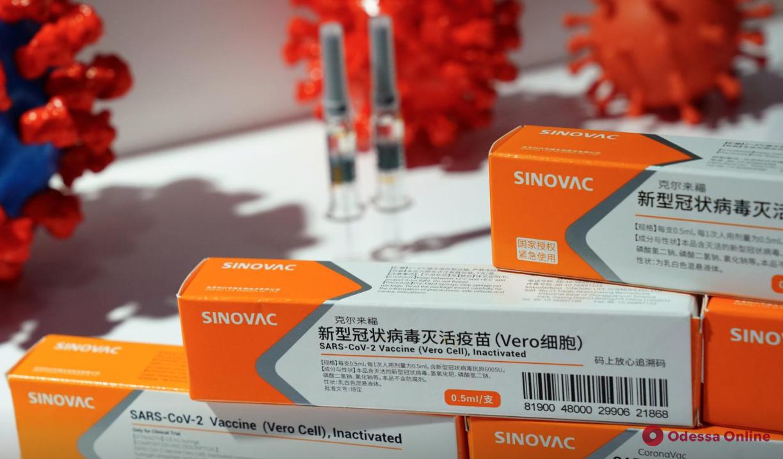 Минздрав одобрил китайскую вакцину от коронавируса