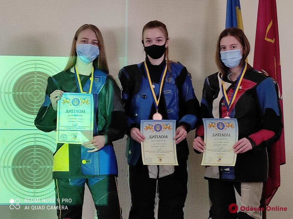 Пулевая стрельба: одесситы завоевали медали чемпионата Украины