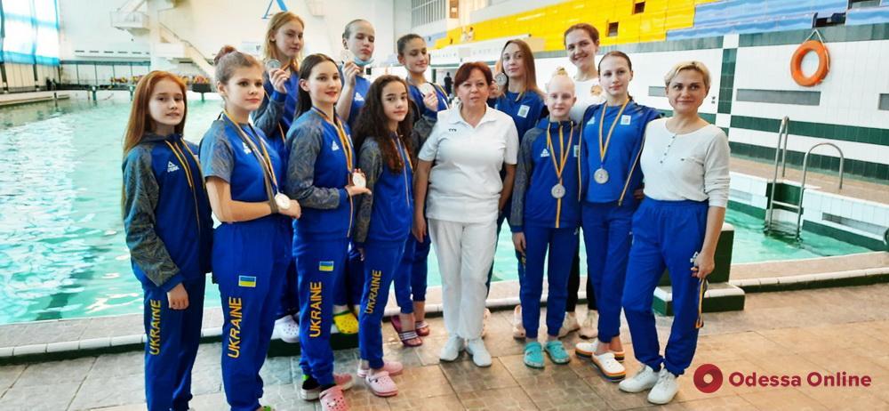 Синхронное плавание: одесситки завоевали пять медалей чемпионата Украины