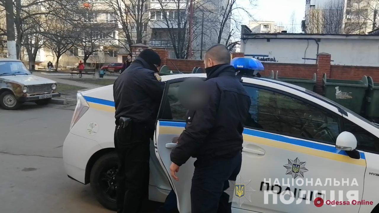 Пьяный житель Черноморска до смерти избил жену из-за еды