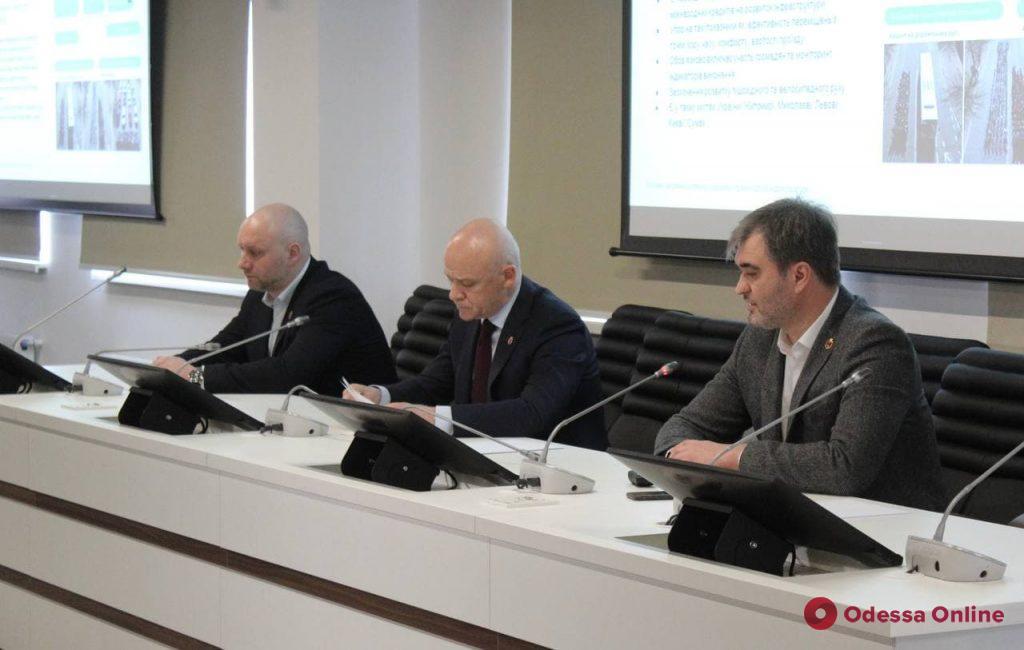 Безопасность водителей и пешеходов: в Одессе презентовали стратегию развития дорожно-транспортной инфраструктуры