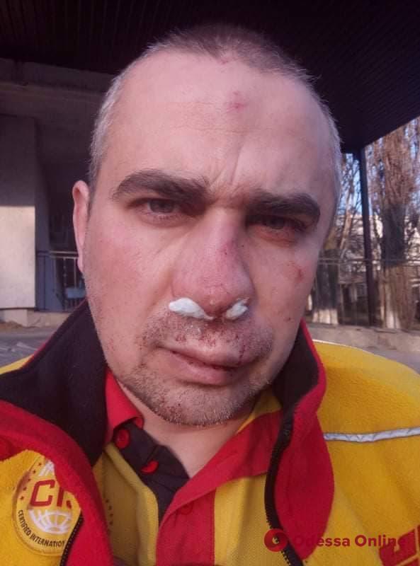 На поселке Котовского из-за конфликта на парковке избили одессита (видео)