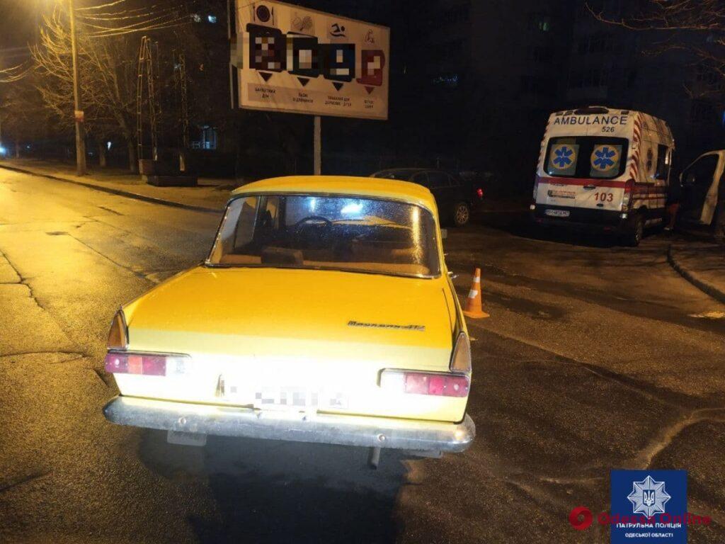 На Люстдорфской дороге пьяный лихач на «Москвиче» врезался в автомобиль скорой помощи