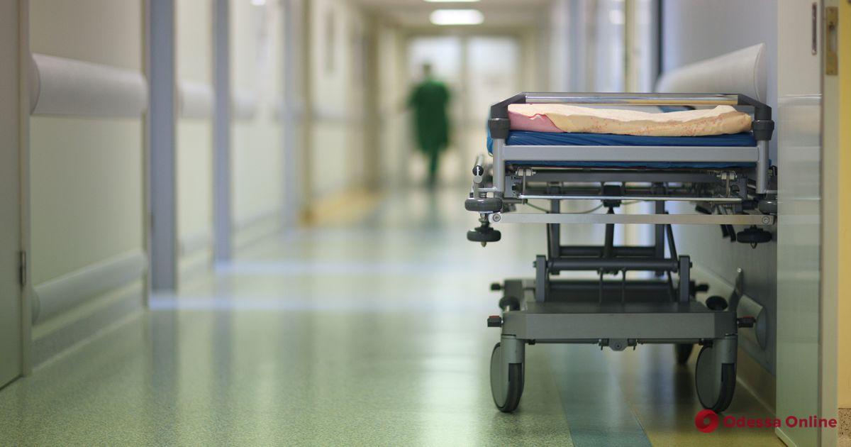 Погибла, желая похудеть: в Одессе от анорексии скончалась 12-летняя девочка