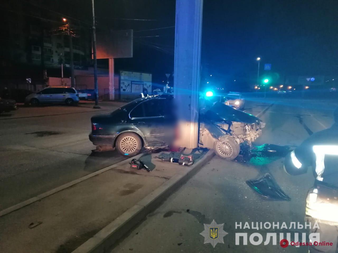 Устроивший ДТП на Святослава Рихтера водитель автомобиля BMW скончался в больнице