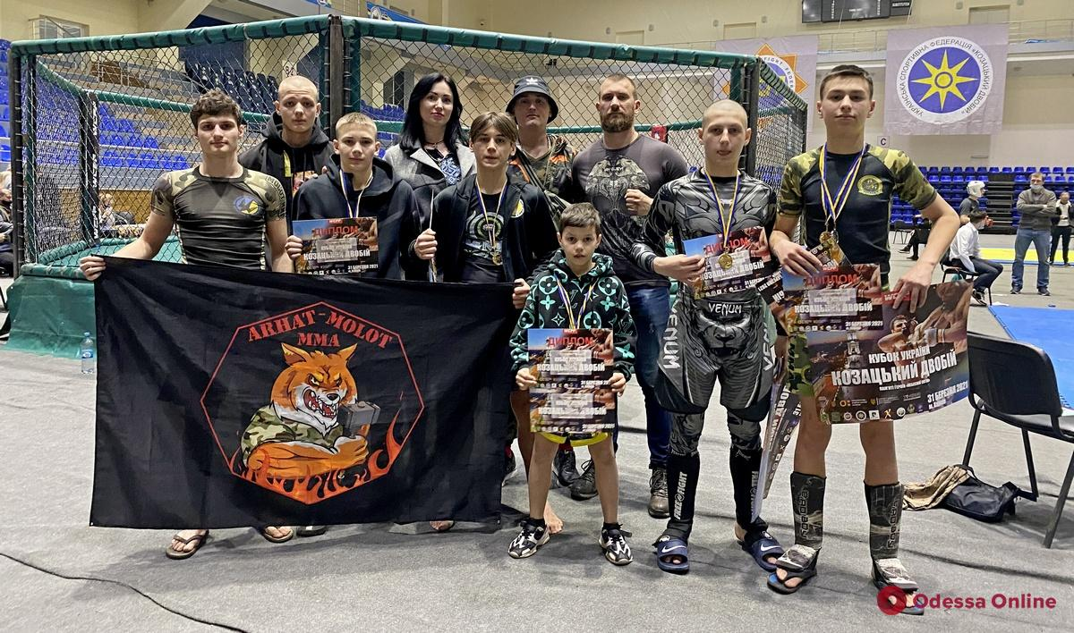 Одесситы успешно выступили на всеукраинских турнирах по «казацкому двобою»