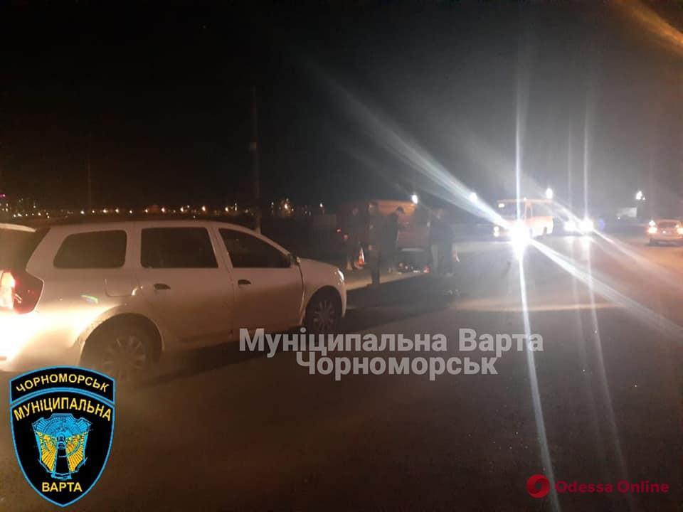 Под Одессой автомобиль сбил мужчину