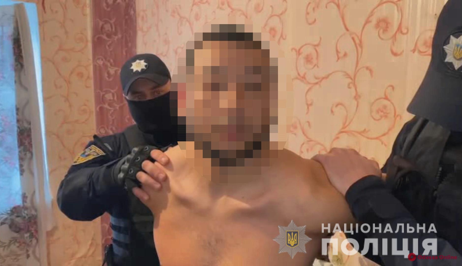 Пытались влиять на криминогенную ситуацию: под Одессой задержали семерых «авторитетов»