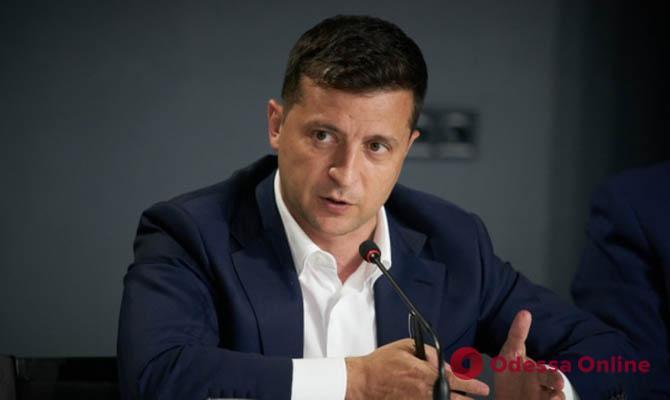 Зеленский дал поручение Ермаку организовать встречу с Путиным