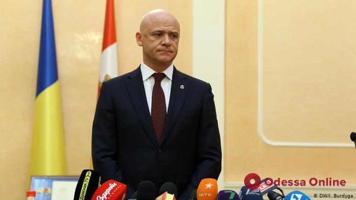 Мэр Одессы Геннадий Труханов прокомментировал ситуацию с домом Руссова