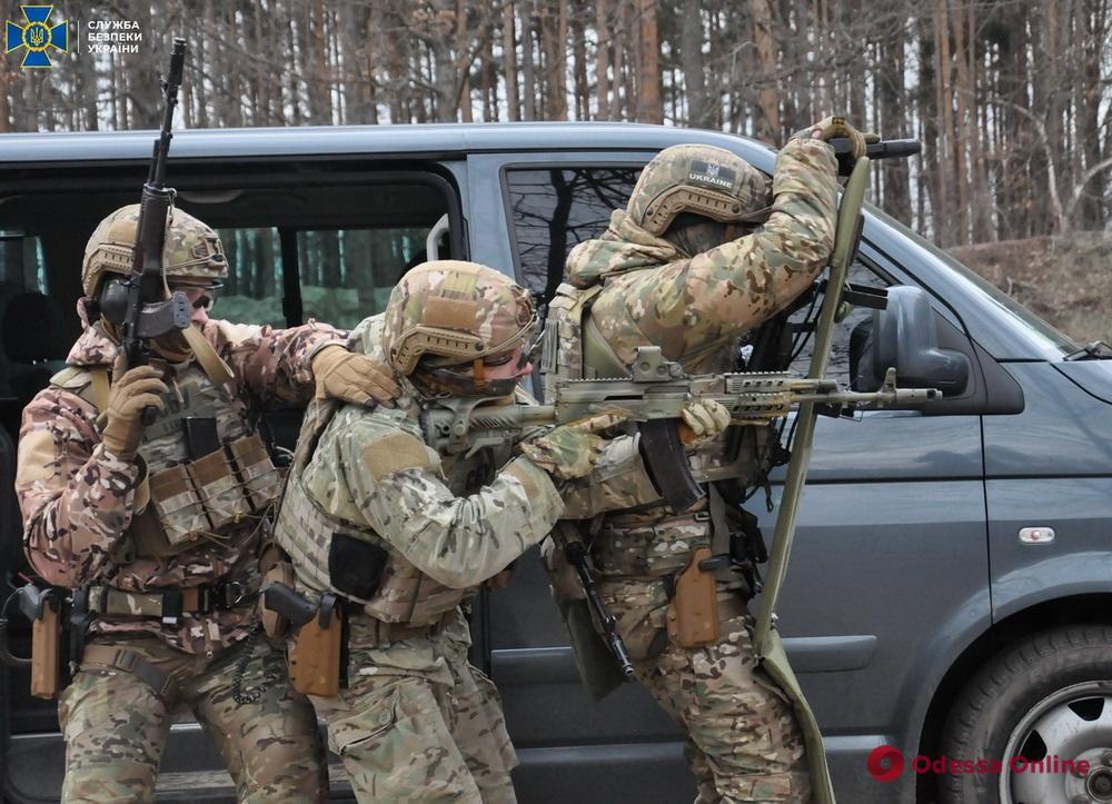 Будут досматривать авто: СБУ начала масштабные антитеррористические учения