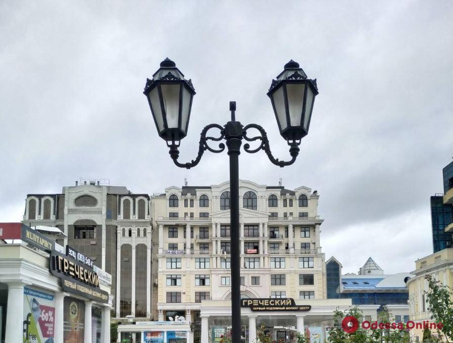 На улицах Одессы установят светодиодные светильники: «умные» и экономичные