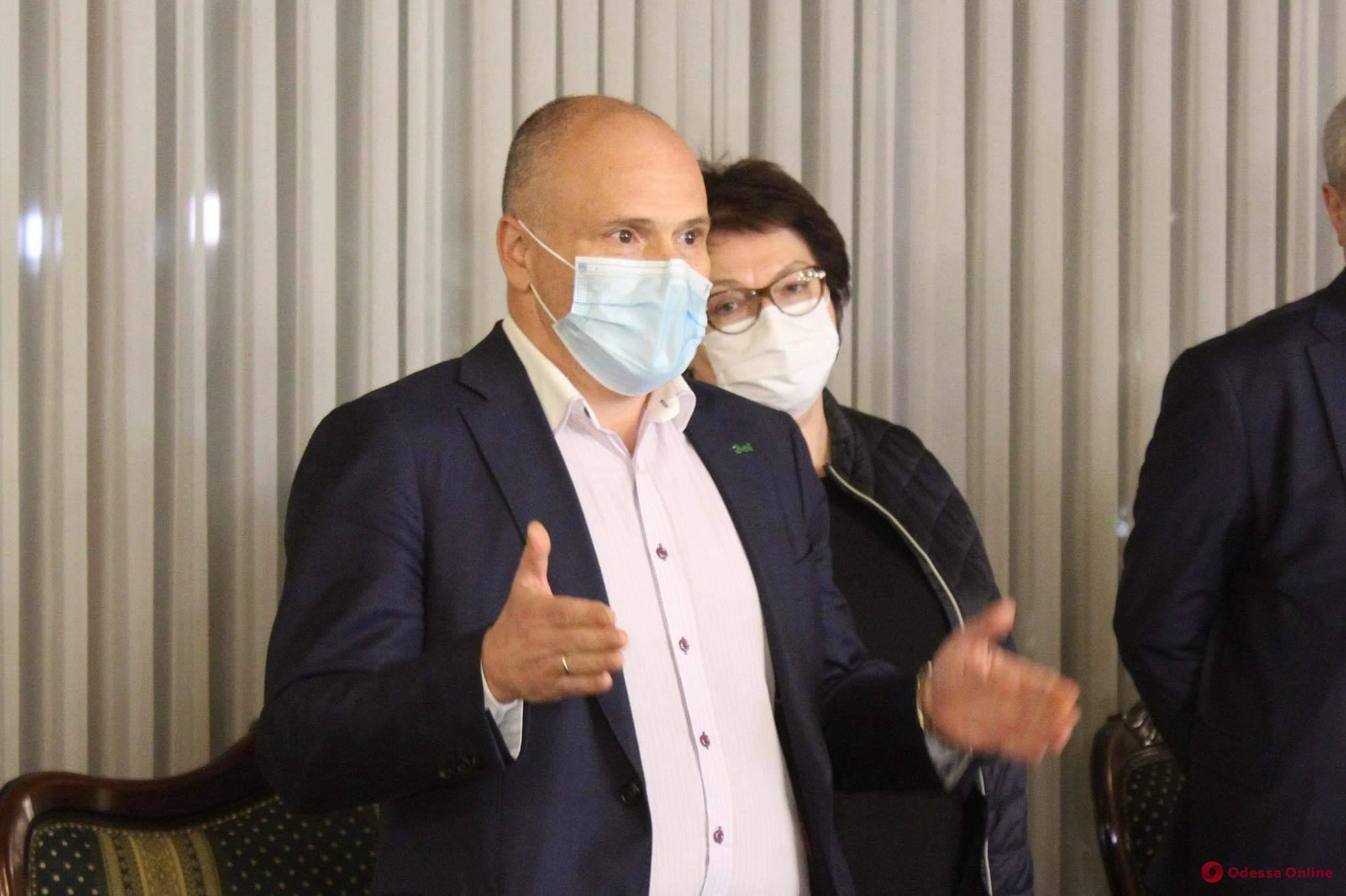 Комитет ВР хочет расследовать, на что потратила «ковидные» деньги больница железнодорожников в Одессе