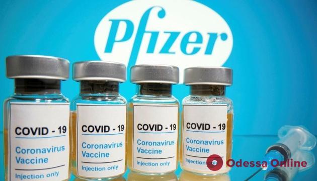 Новая поставка вакцины Pfizer в Украину возможна с 17 мая