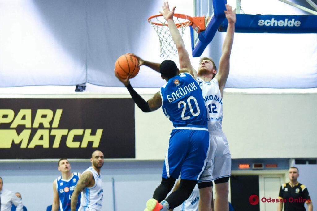 Баскетбол: «Одесса» без главного тренера победила на выезде
