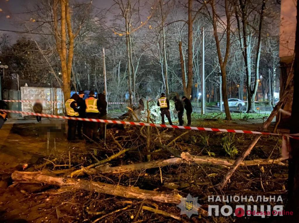 Смертельное ДТП на Люстдорфской: один человек погиб, четверых госпитализировали (фото)