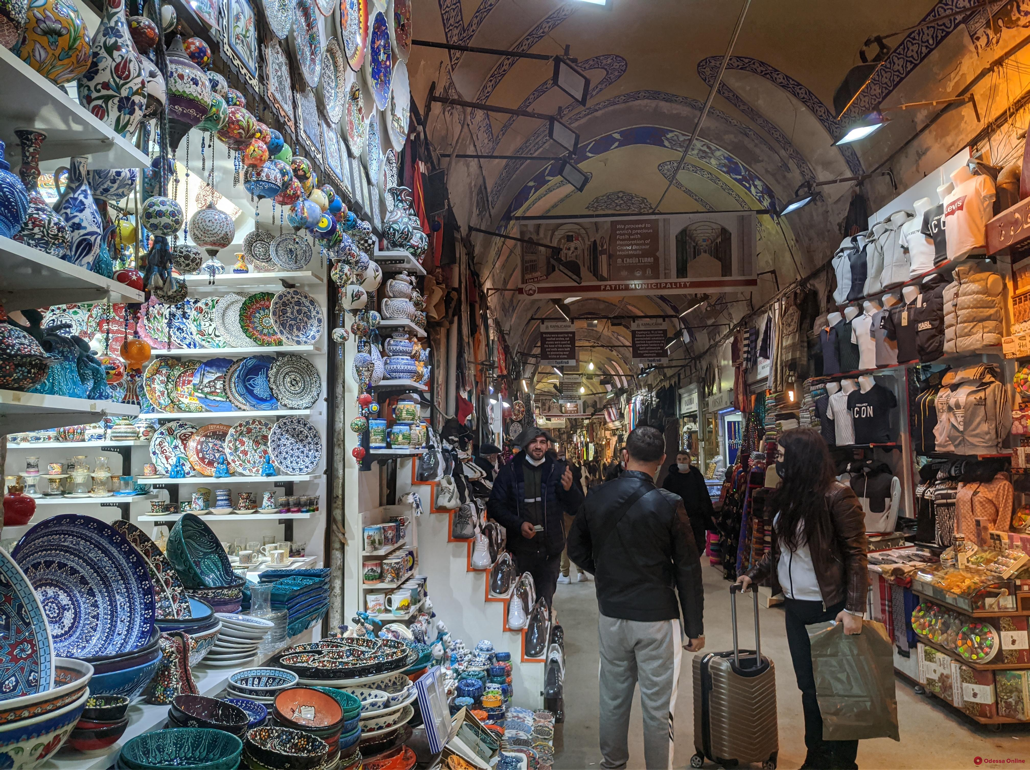 Украинцам планируют разрешить приезжать из Турции без обязательного ПЦР-теста