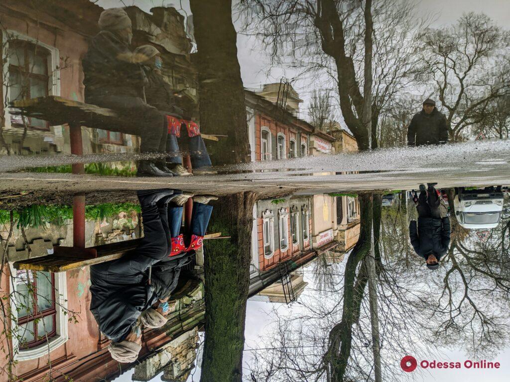 Сюрреалистичная и зазеркальная одесская Молдаванка (фоторепортаж)